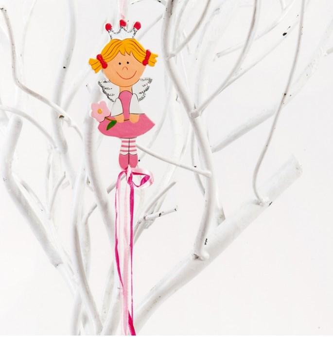 Πριγκίπισσα με λουλούδι κρεμαστό ξυλινη μπομπονιερα βαπτισης